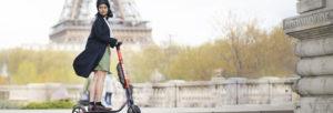 Trottinette électrique, touristes, escapade touristique, tour de France en trottinette électrique